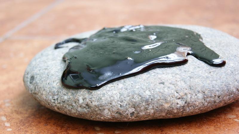 мумие на камне