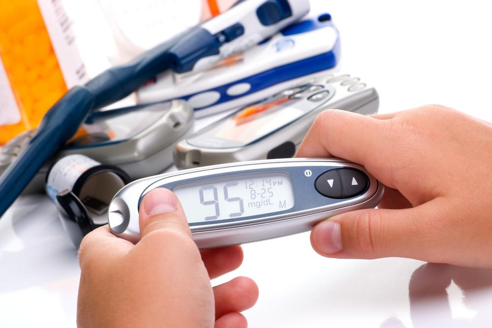 Сахар в крови: глюкометр для бистрого определения его уровня