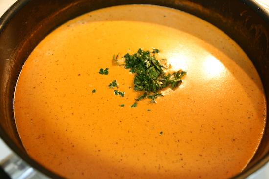 соус молочный с томатом