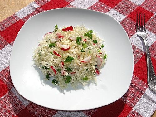 салат с топинамбуром и редисом